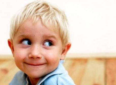 Как родителям реагировать на ложь ребенка