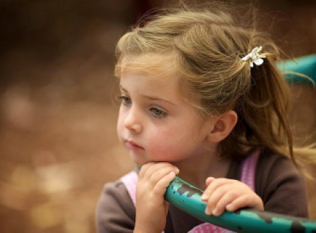 Как побороть мрачное настроение ребенка