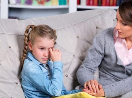 Поступки, которых родителям лучше не совершать
