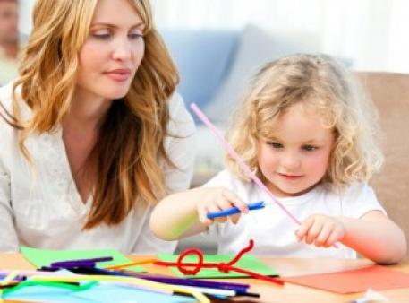 Учим ребенка вырезать из бумаги и делать поделки