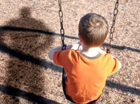Как научить ребенка быть осторожным