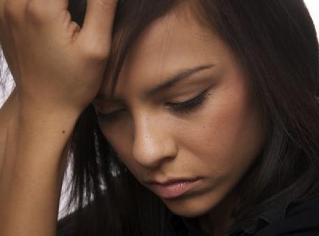 Как распознать риск суицида у подростков