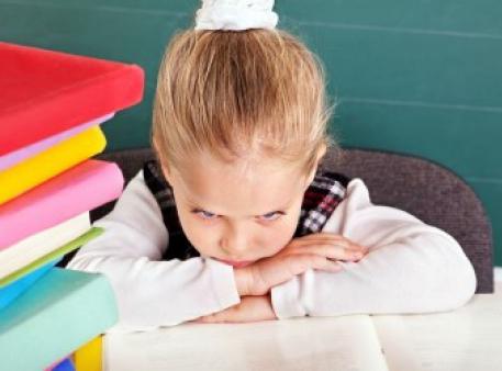 Почему дети ненавидят школу и что с этим делать?