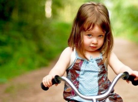 Как помочь детям преодолеть застенчивость