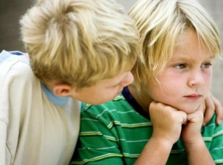 Как ребенку противостоять давлению сверстников
