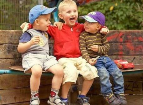 Как помочь ребенку приобрести друзей