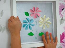 Простая аппликация с цветами для детей
