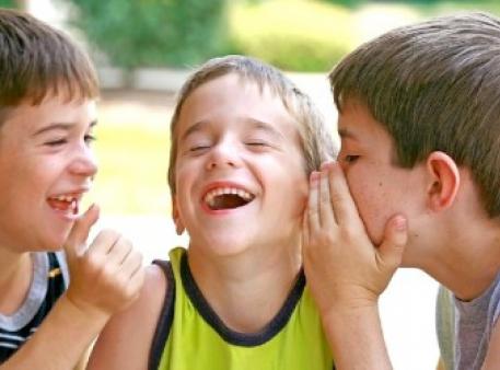 Как помочь ребенку развивать навыки общения