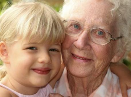 Как говорить с детьми о слабоумии пожилых