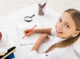 Учимся писать сочинения, придумывая истории